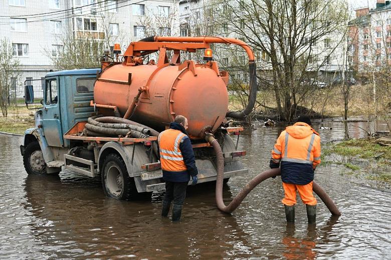 Власти Ярославля рассказали, как устраняют последствия подтопления во Фрунзенском районе