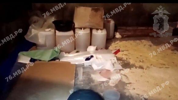 В Ярославской области изъяли 80 килограммов наркотиков, произведенных в подпольной лаборатории