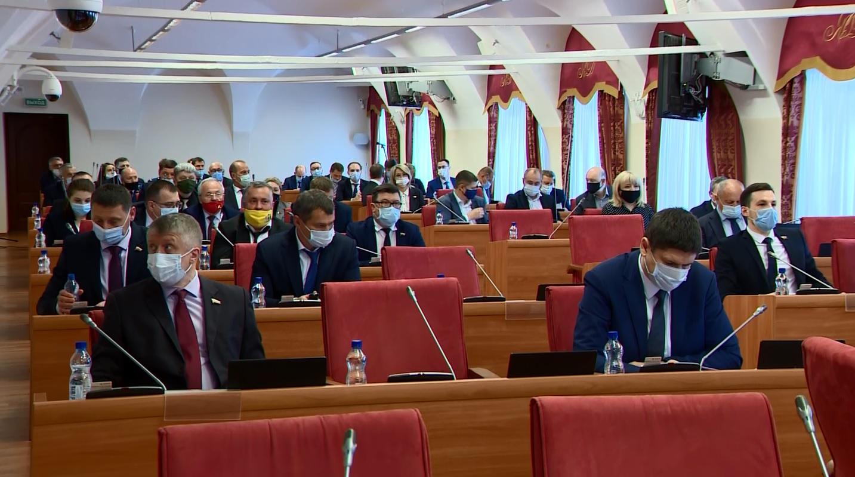Строительство, дольщики, дороги: Дмитрий Миронов отчитался перед областными депутатами за 2020-й