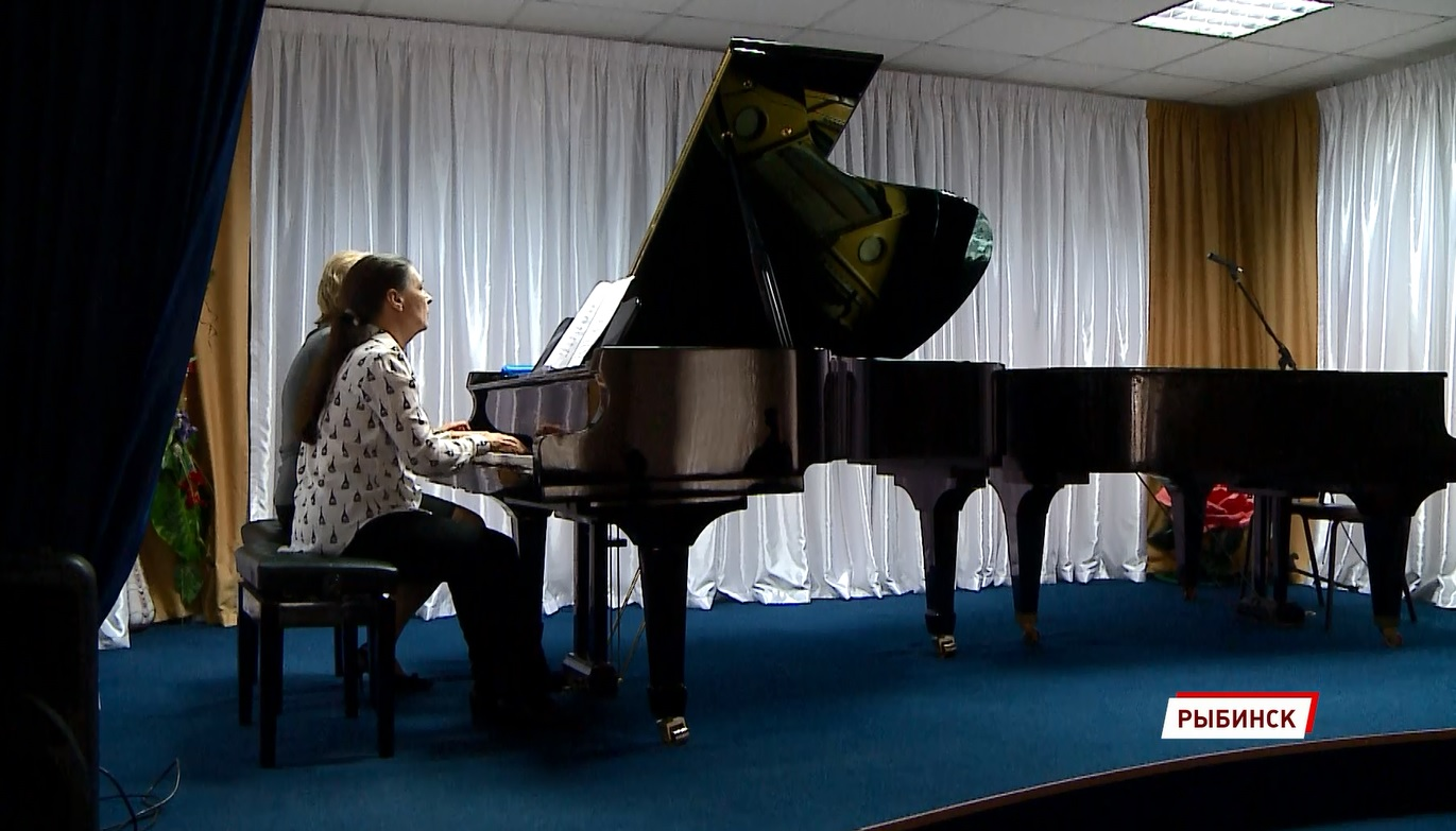 Сыграли на новых инструментах: юные музыканты Рыбинска дали концерт