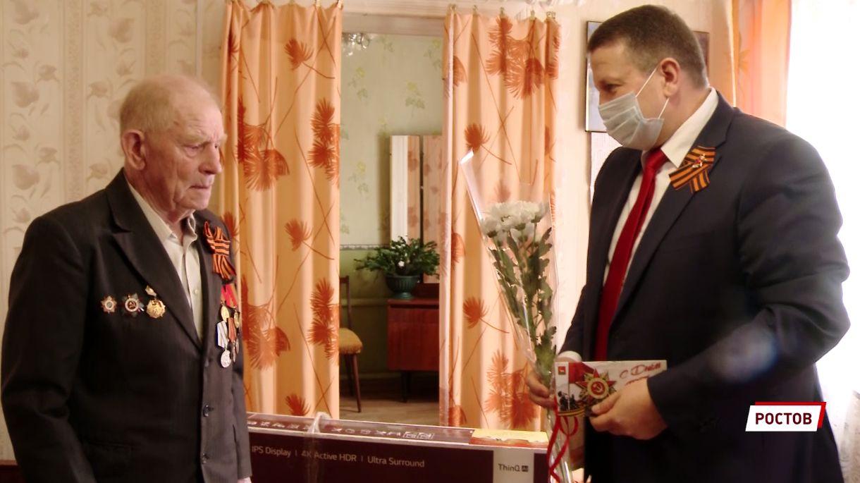 Ветераны в Ярославской области получают подарки от губернатора в преддверии Дня Победы