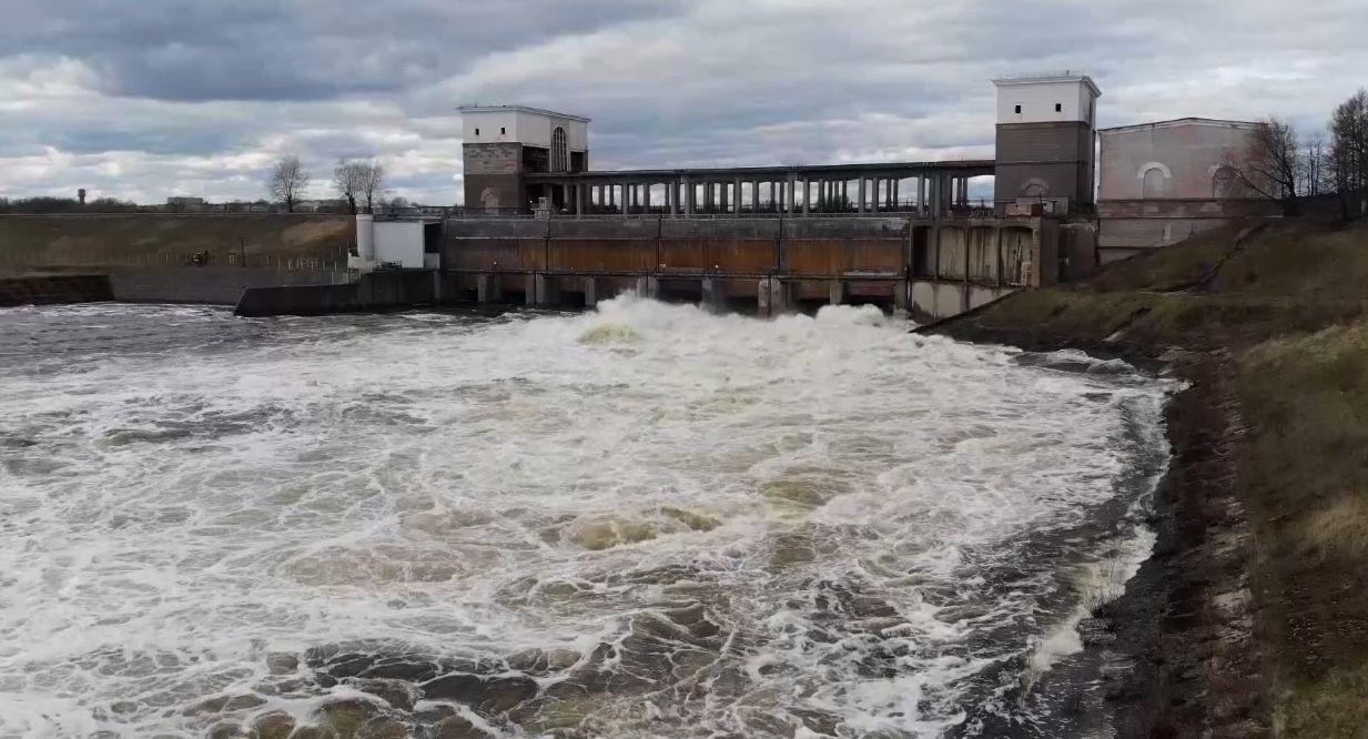 Уровень воды в Волге в Ярославле и Рыбинске начал снижаться