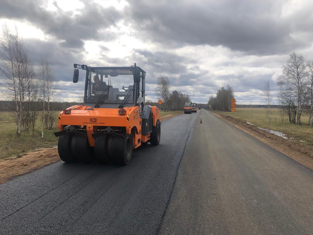 Дорогу от Данилова до Пошехонья ремонтируют в рамках нацпроекта