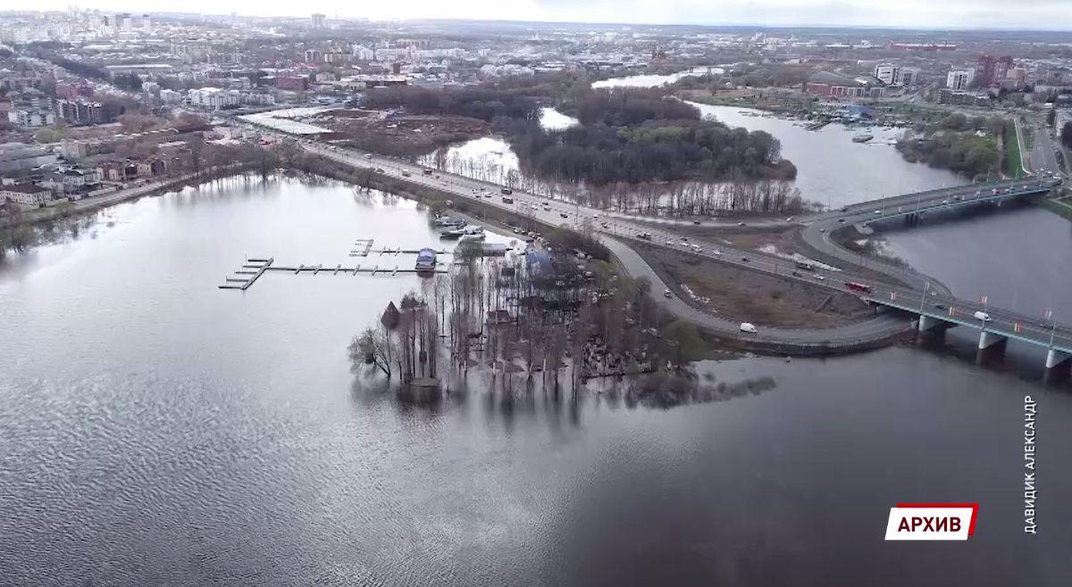 В Ярославле посчитают ущерб от подтопления набережных