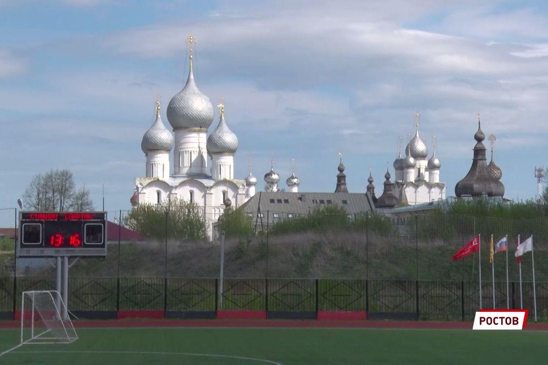 Шесть мужских и семь женских команд приняли участие в традиционной эстафете в Ростове Великом