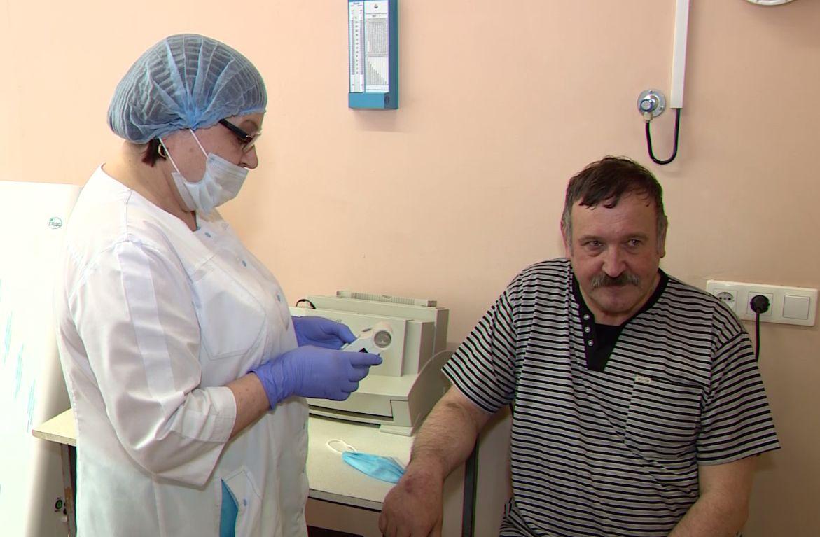 Двойной праздник: в день пульмонолога отделение областной больницы отмечает 35-летие