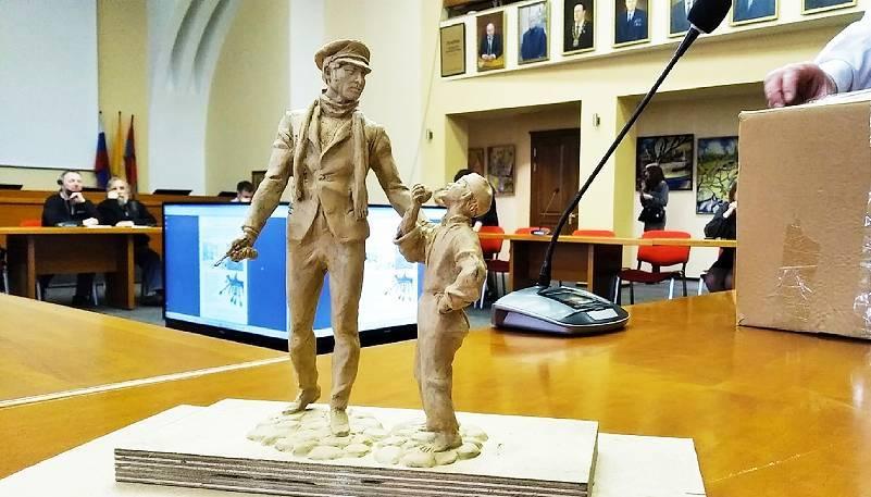 В Рыбинске установят скульптуру, посвященную героям фильма «12 стульев»