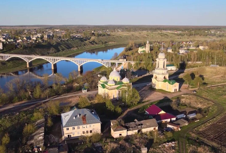 12 дней и 4 тысячи километров: в Вятском подвели итоги экспедиции по поиску красивых деревень центра России