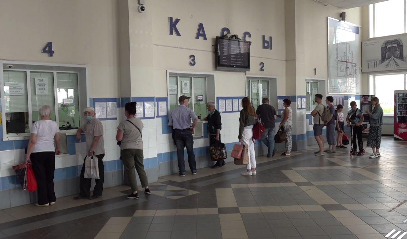 На ярославском автовокзале проверили, как соблюдается масочный режим