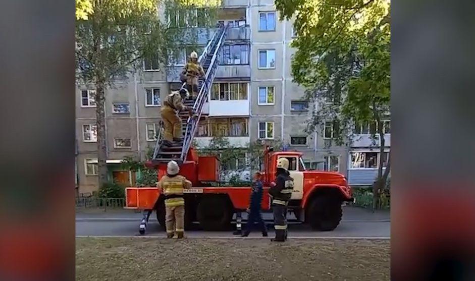 В ярославской многоэтажке предотвратили взрыв газовых баллонов