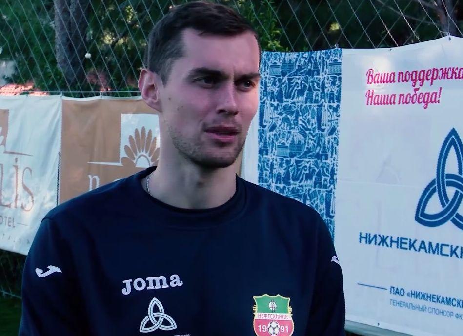 Ярославский «Шинник» подписал защитника Семенова