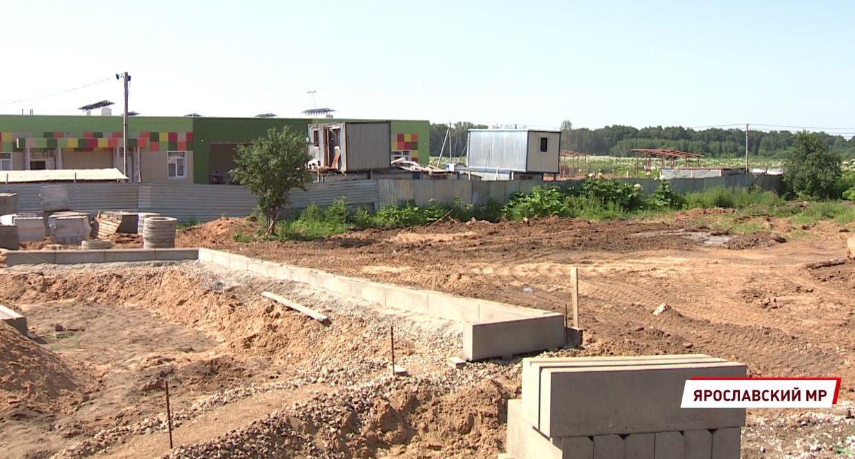 В поселке Кузнечиха под Ярославлем завершается строительство яслей