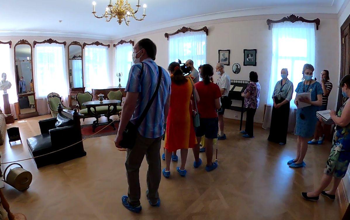 И запахи, и звуки, и стихи... В усадьбе Некрасова открылся новый проект
