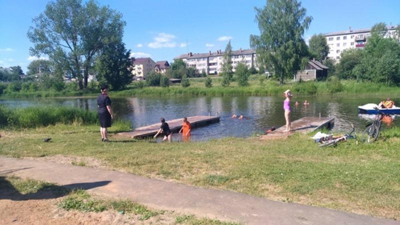 Полицейские проводят рейды на пляжах и у водоемов в Ярославле