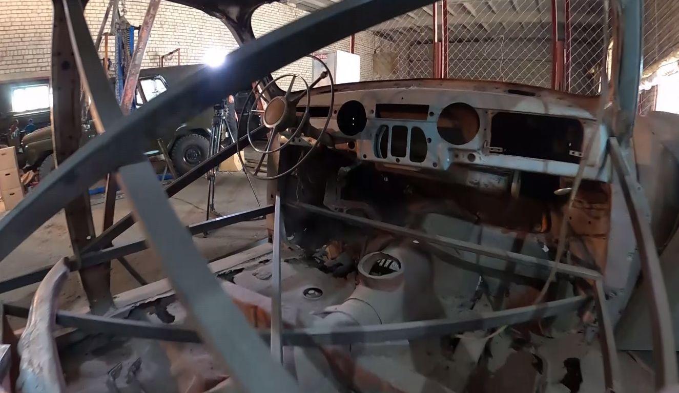 Ярославские реставраторы восстанавливают одну из первых моделей «Победы»