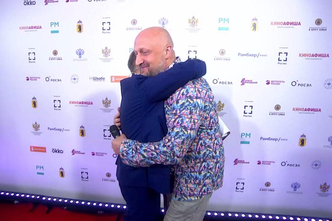 Вдовиченков, Добронравов, Куценко и другие звезды поучаствуют в открытии кинофестиваля «В кругу семьи»