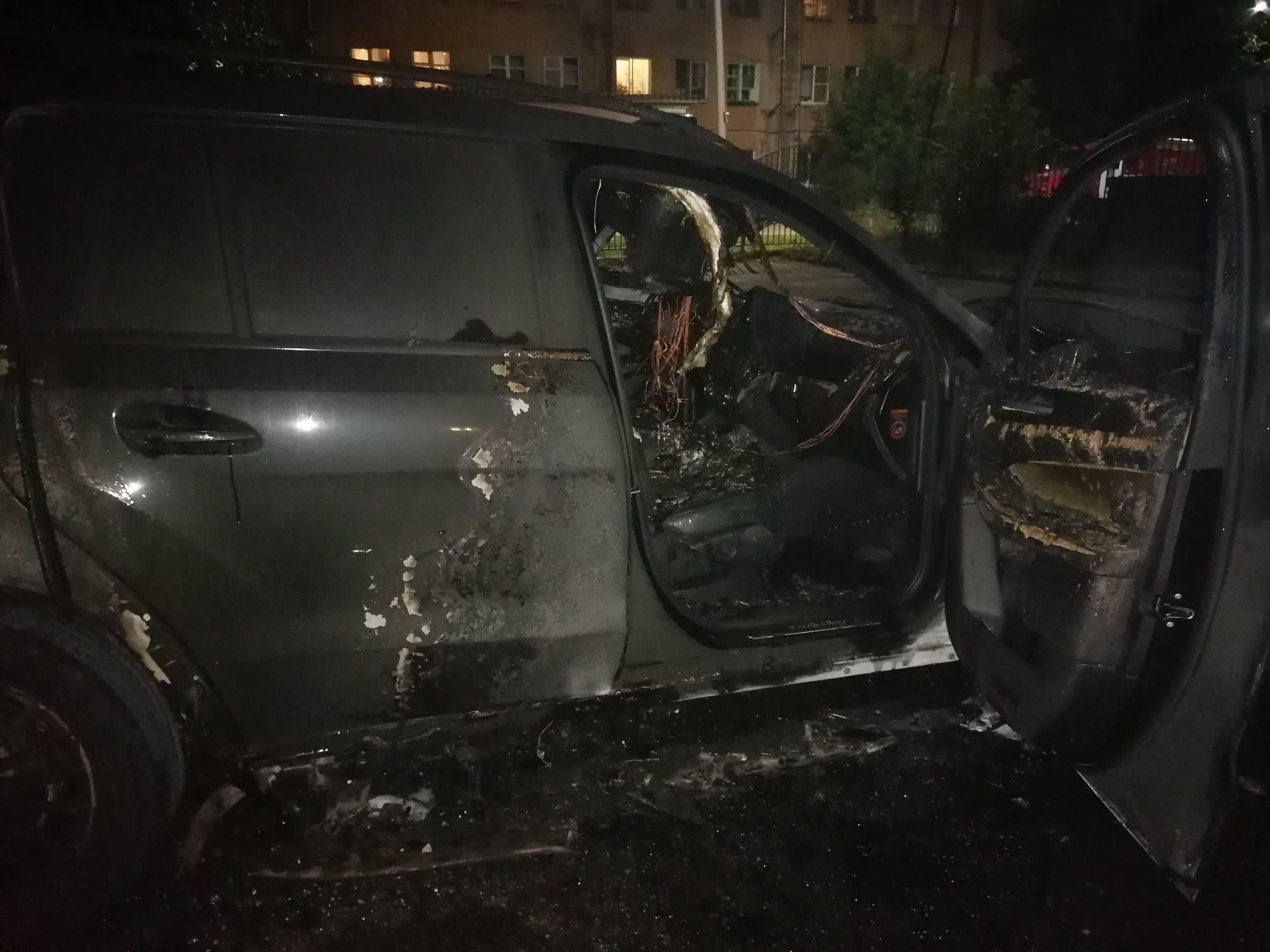 На проспекте Ленина в Ярославле горели два автомобиля