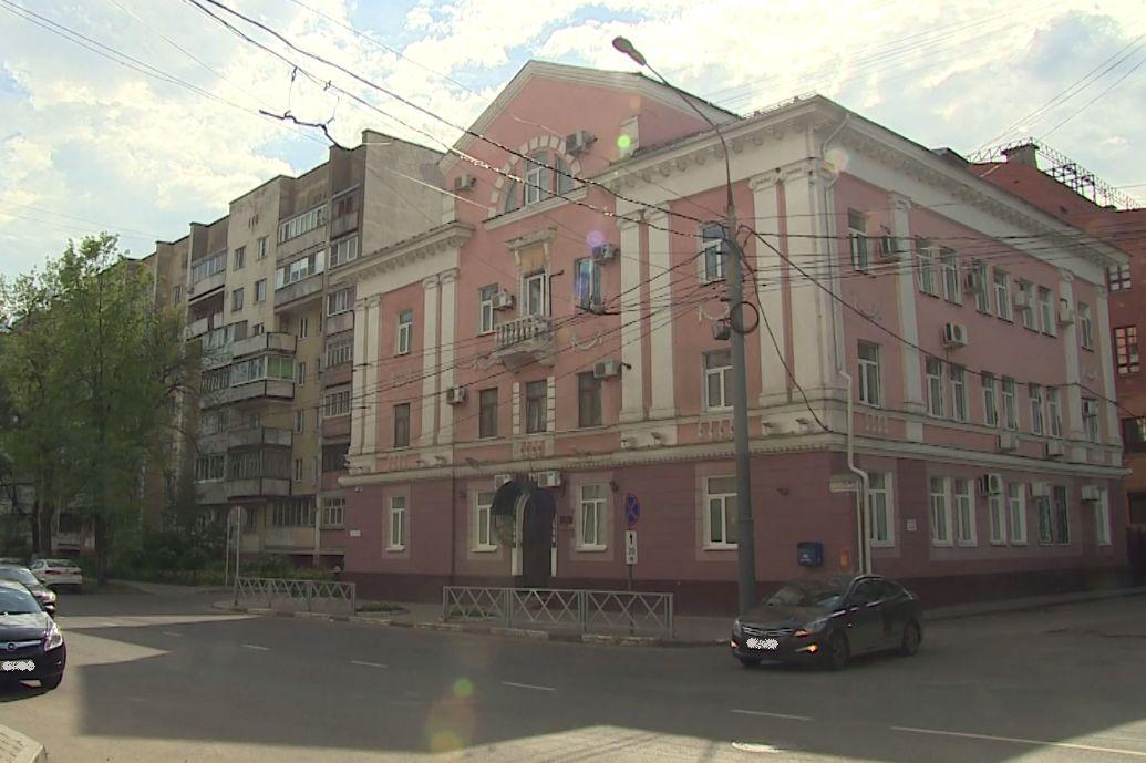 Ударила ножом в живот: жительницу Ярославля задержали по подозрению в убийстве мужа