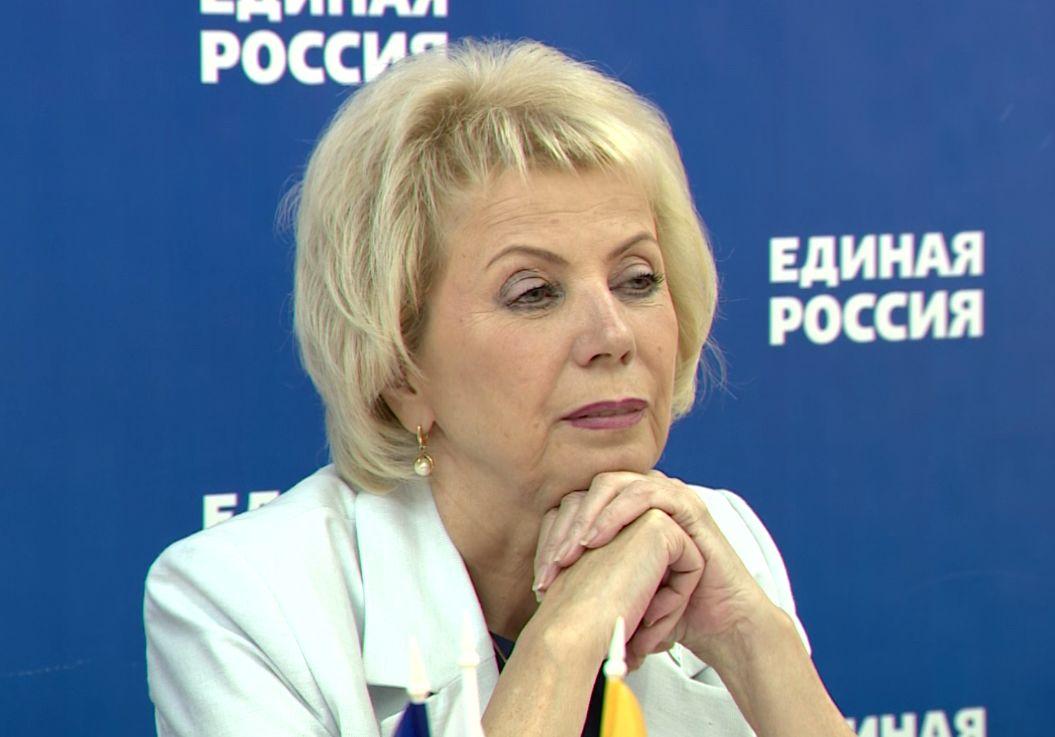 Депутат Лариса Ушакова предложила расширить варианты использования материнского капитала