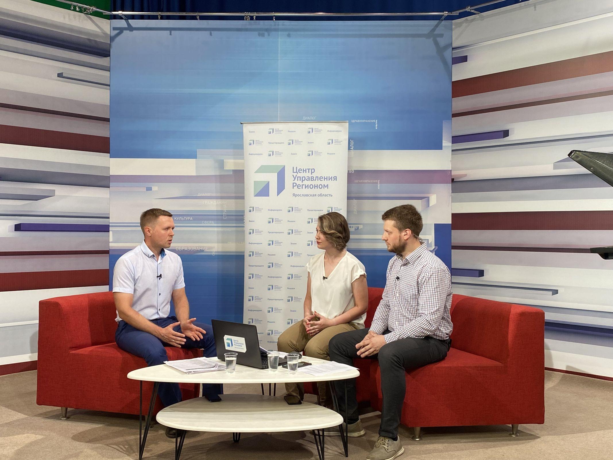 Представитель мэрии Ярославля рассказал, зачем нужна смена номеров маршрутов, подорожает ли проезд и нужно ли менять проездные