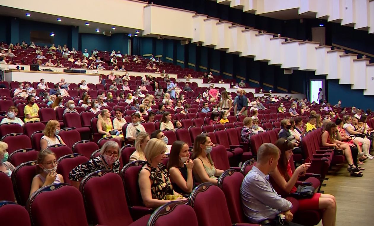 40 миллионов зрителей по всему миру посмотрели картины фестиваля «В кругу семьи»