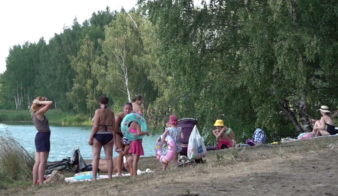 Красные пятна, температура, кишечные инфекции: чем может быть опасна вода в ярославских водоемах