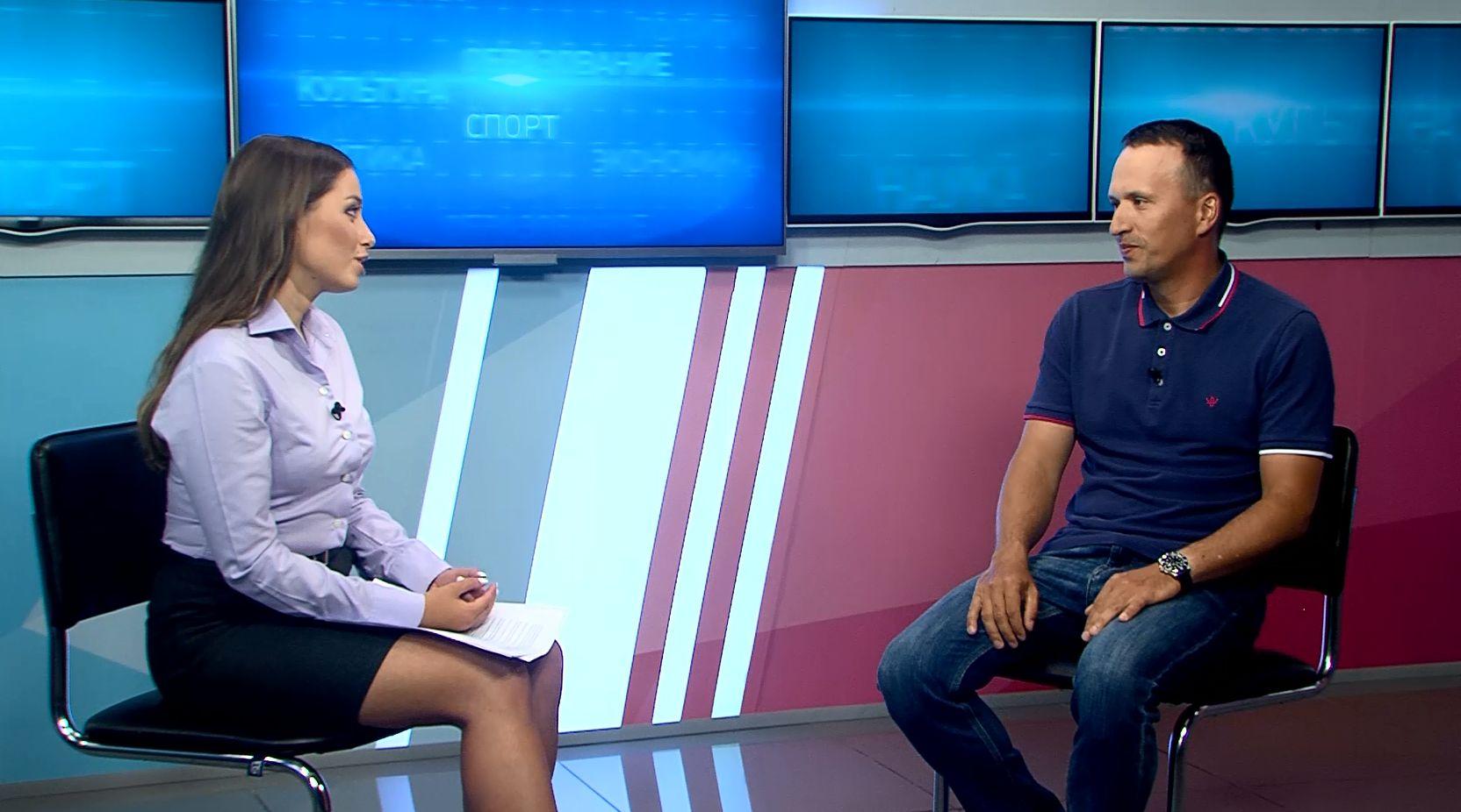 Программа «В тему»: Илья Губочкин - почему в Ярославле быстро набирает популярность сапсёрфинг
