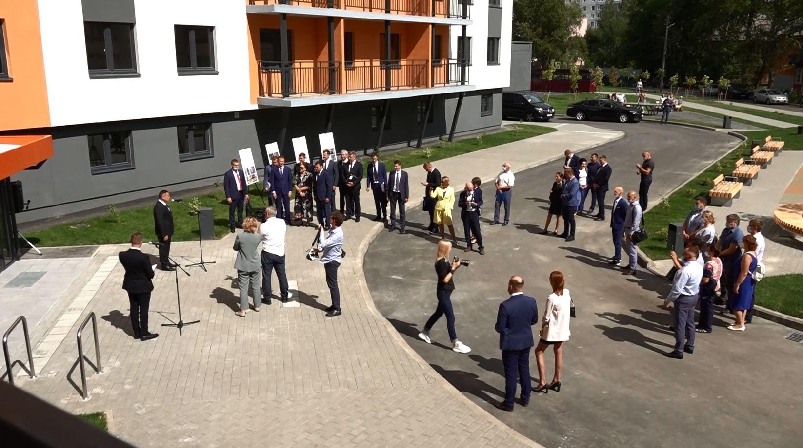 В Ярославле с рабочим визитом находится Министр строительства и ЖКХ России Ирек Файзуллин