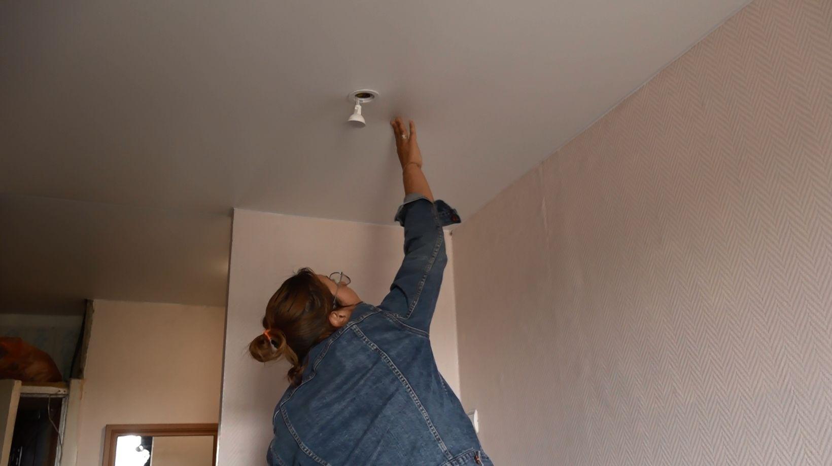 Жительница дома №3 по улице 4-ая Портовая не может добиться ремонта крыши от управляющей компании