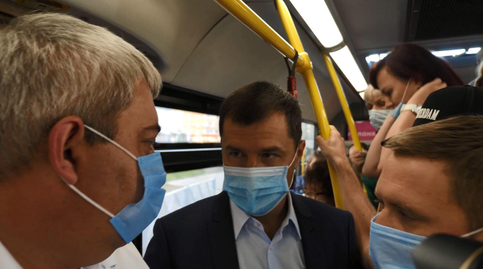 Мэр Ярославля проехался в общественном транспорте в час-пик