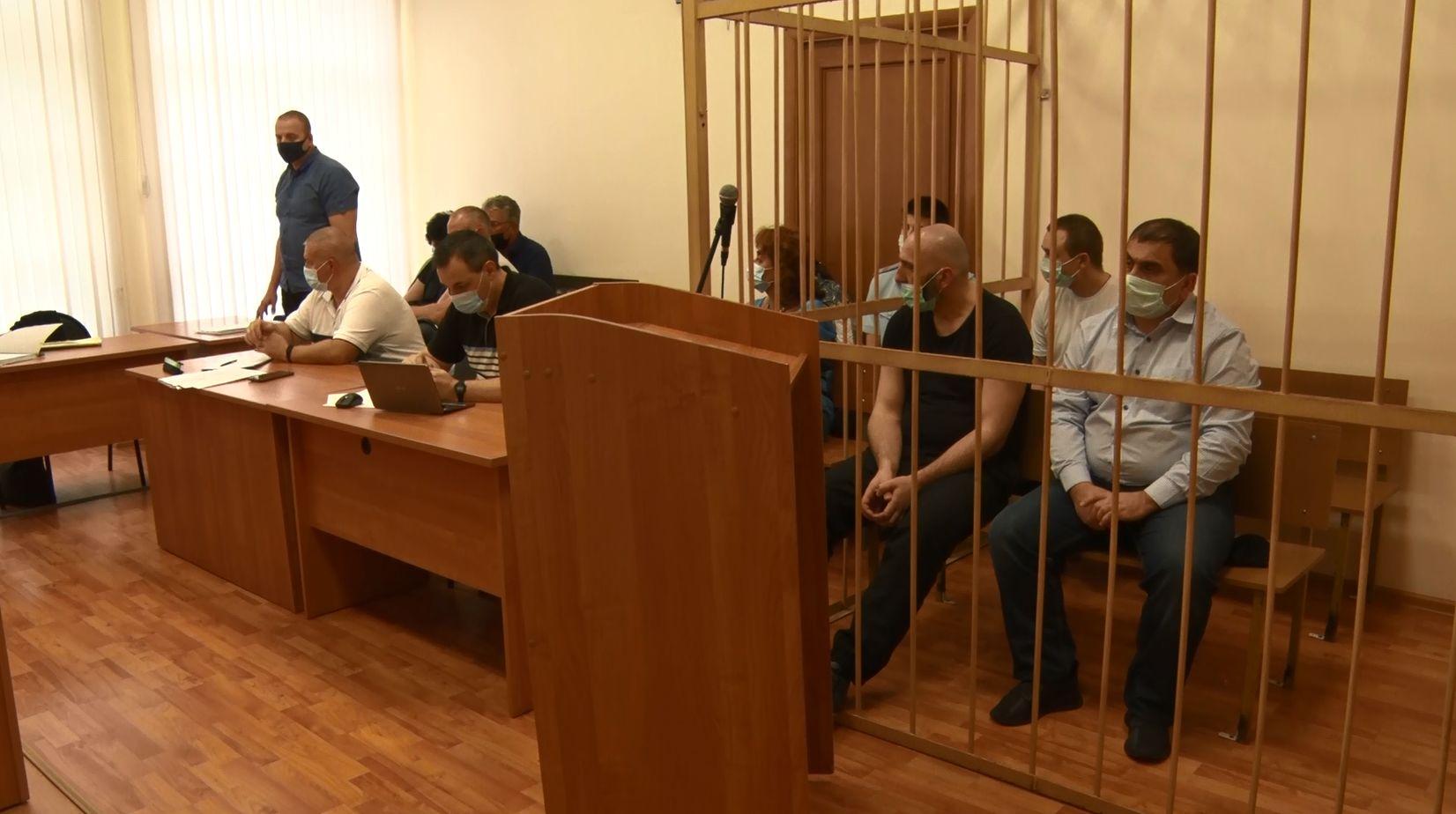 В Ярославле судят обвиняемых в налете на потребительский кооператив