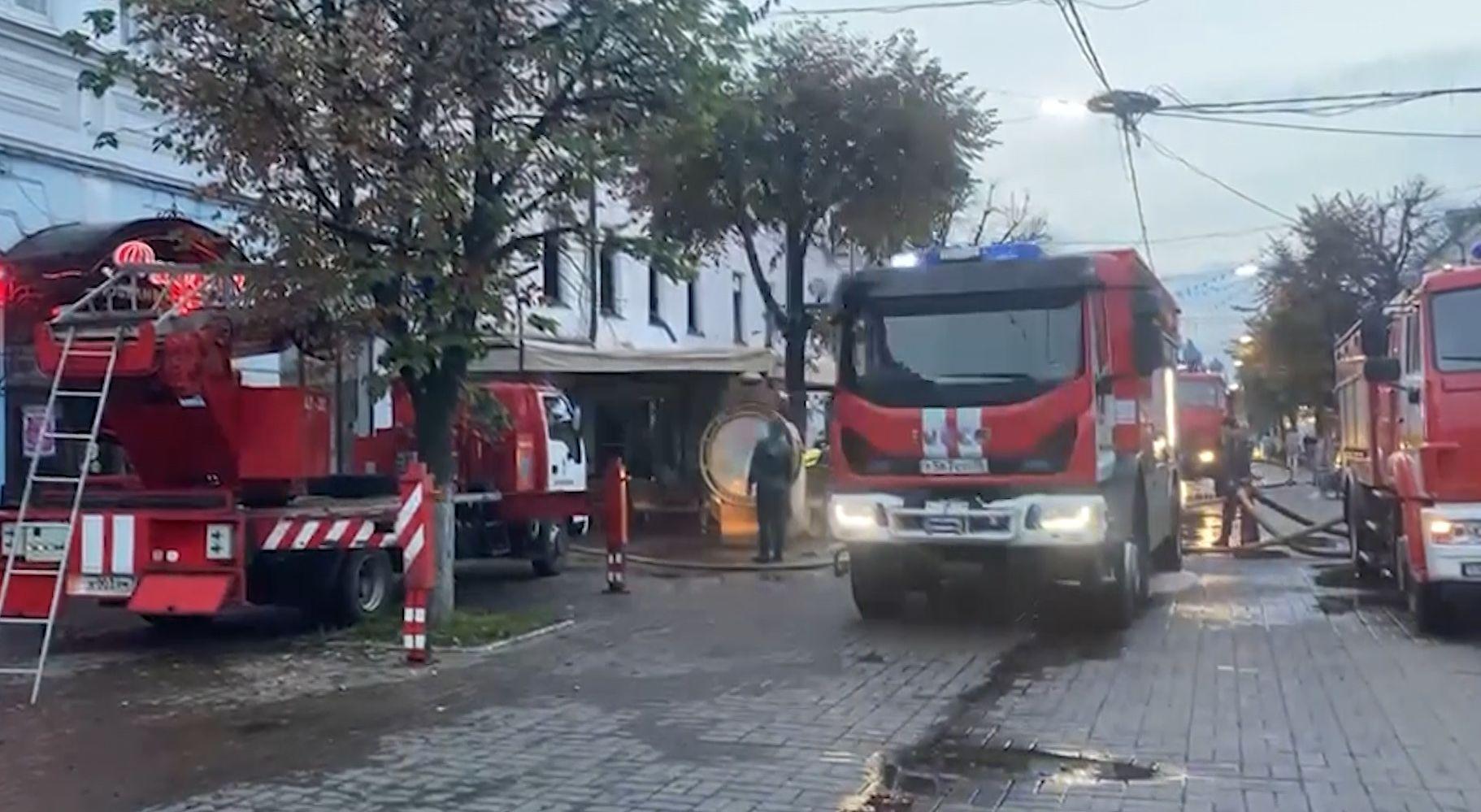 Крупный пожар в Ярославле - на улице Кирова горело кафе