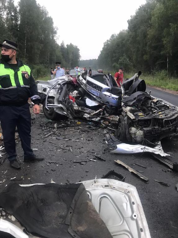 В Угличском районе Ярославской области в результате ДТП погибли 3 человека