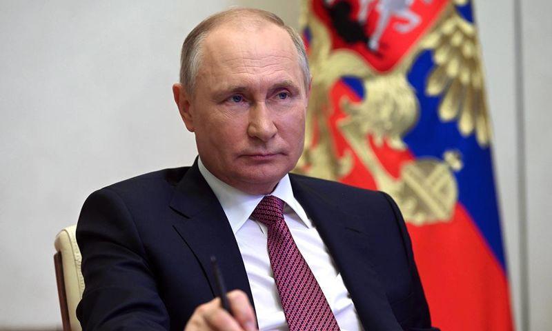 Владимир Путин: единовременная выплата в 10 тысяч рублей будет доступна всем пенсионерам