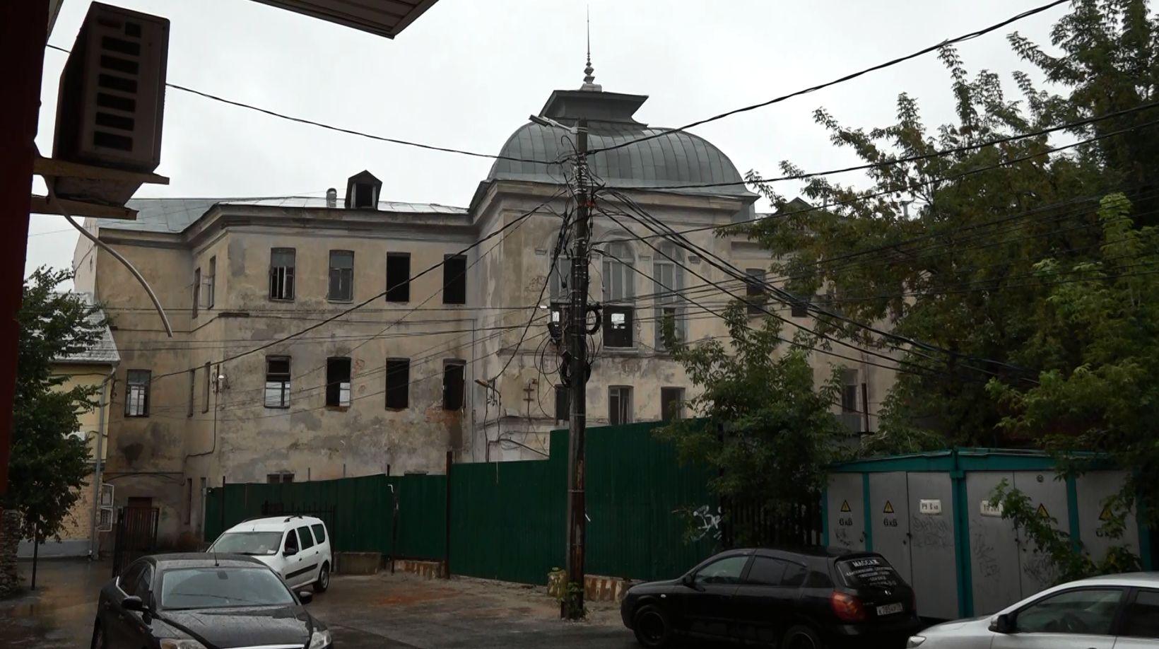 Часть комплекса легендарной гостиницы «Царьград» на улице Андропова в Ярославле была снесена
