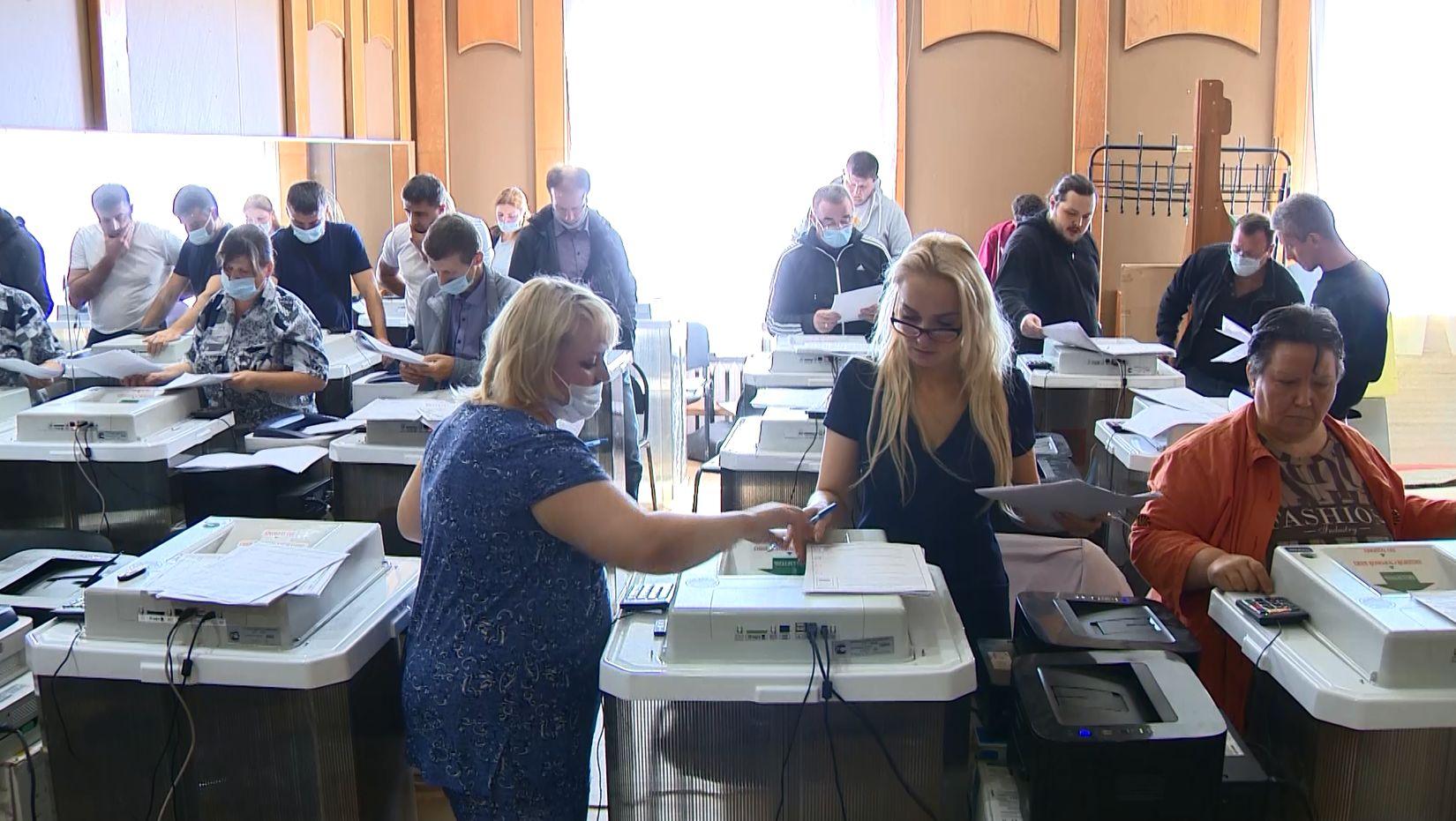 В Ярославле готовят операторов комплексов обработки избирательных бюллетеней на выборах