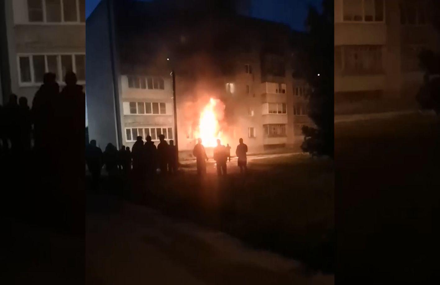 Полиция возбудила уголовное дело по факту поджога квартиры на улице Депутатской в поселке Константиновский под Тутаевом