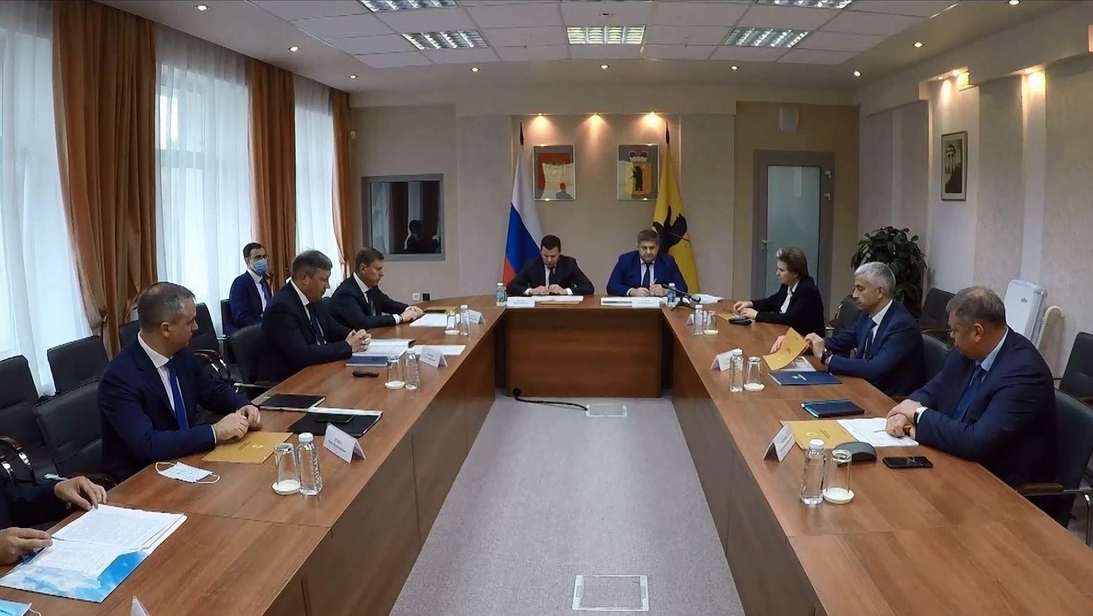 Ярославль с рабочим визитом посетил руководитель Федерального дорожного агентства Роман Новиков