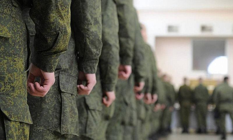 Окончившие творческие колледжи юноши смогут получить вторую отсрочку от армии при поступлении в ВУЗ