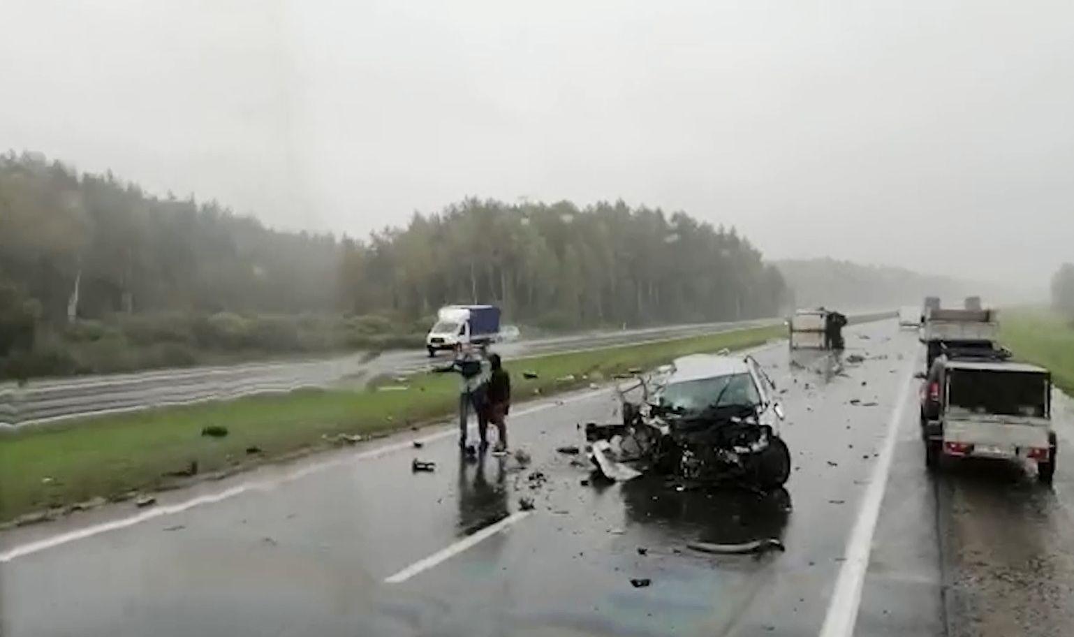Жуткая авария на трассе М8 Ярославской области