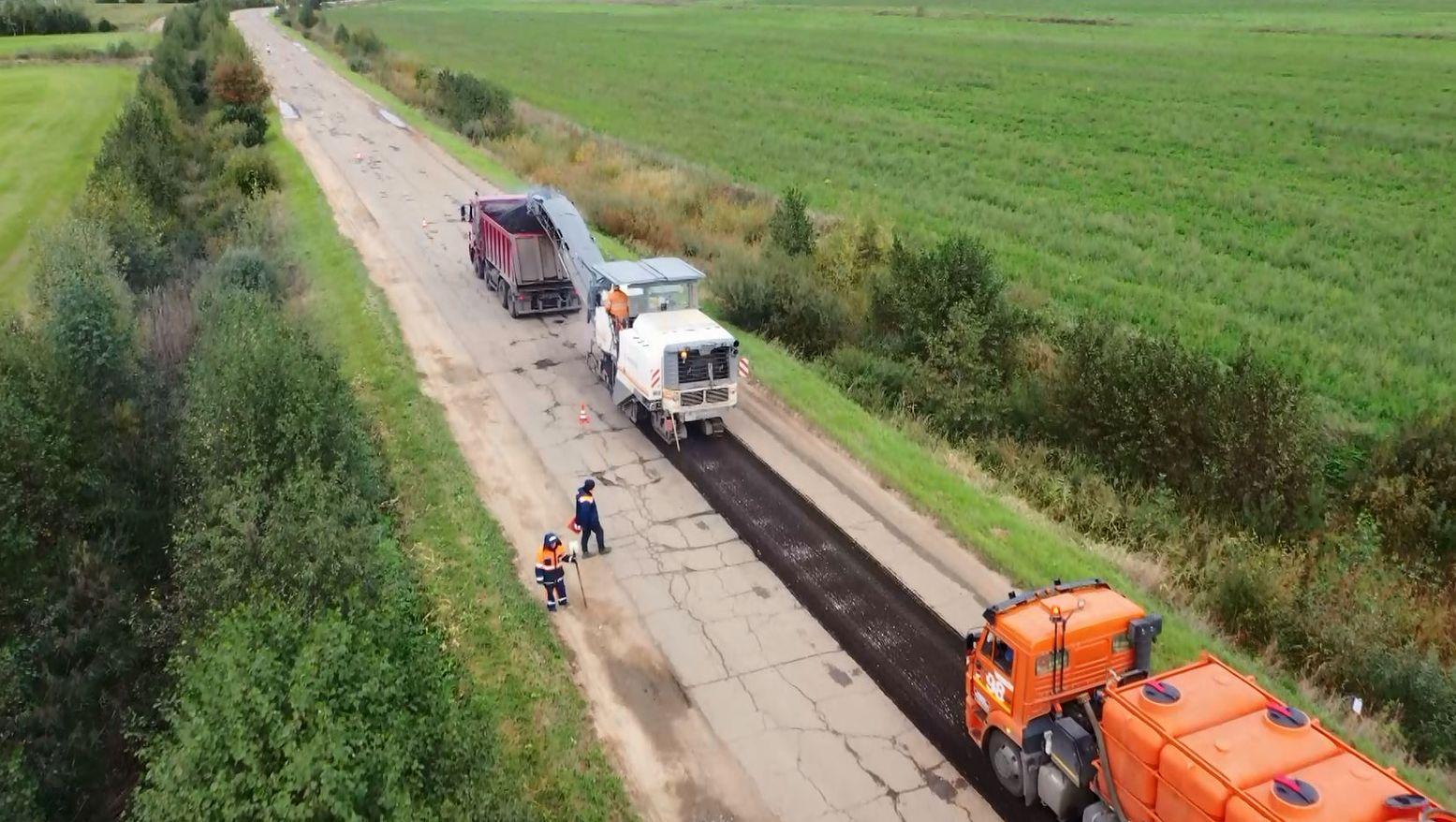 На трассе между Ростовом и деревнями Марково и Строганово Ярославской области начался ремонт