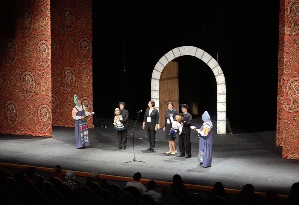 Традиционное драматическое творчество народа на сцене Ярославского ТЮЗа
