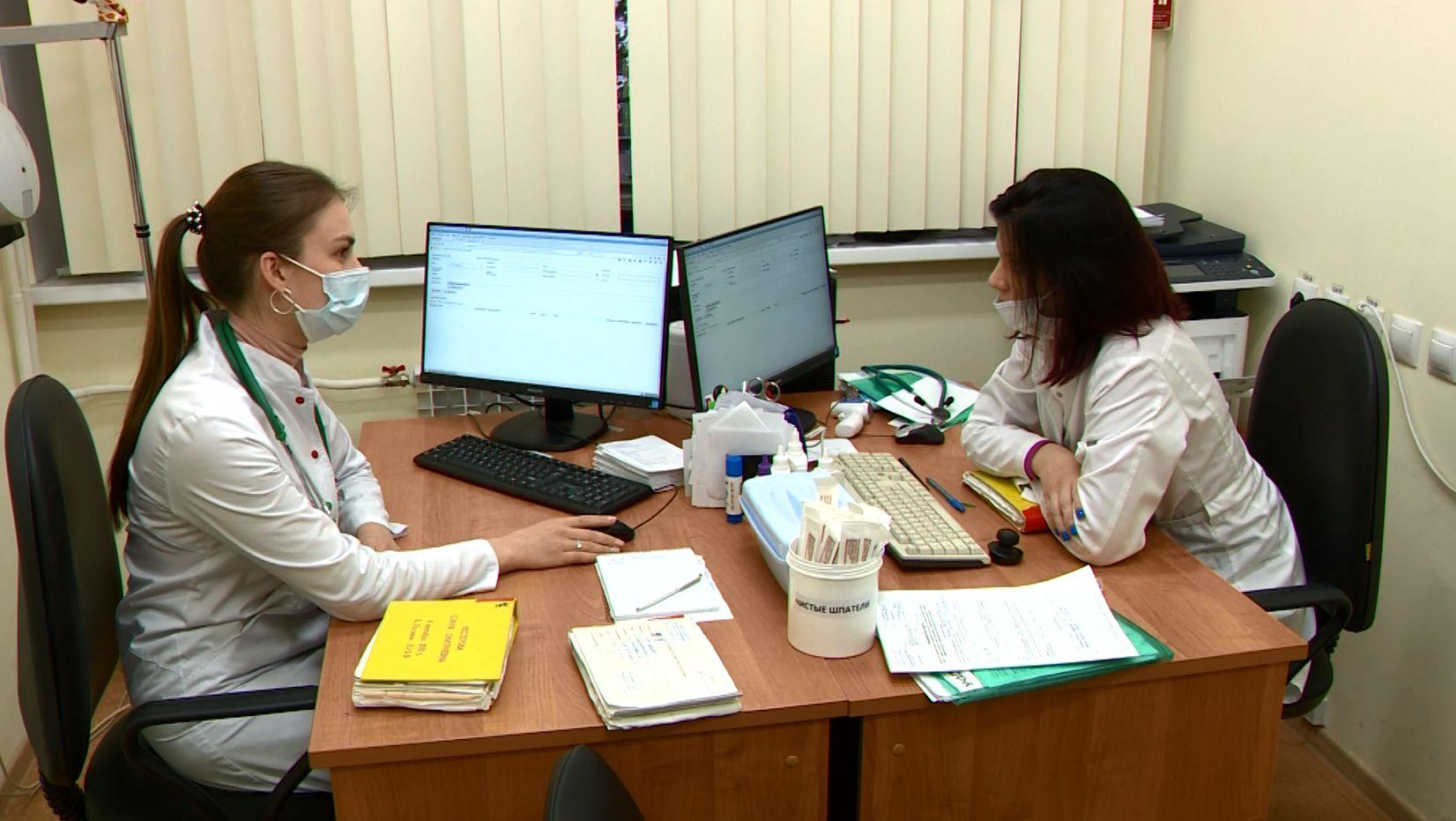 Совет Ярославского медуниверситета отправил ординаторов первого года обучения помогать врачам в городских больницах