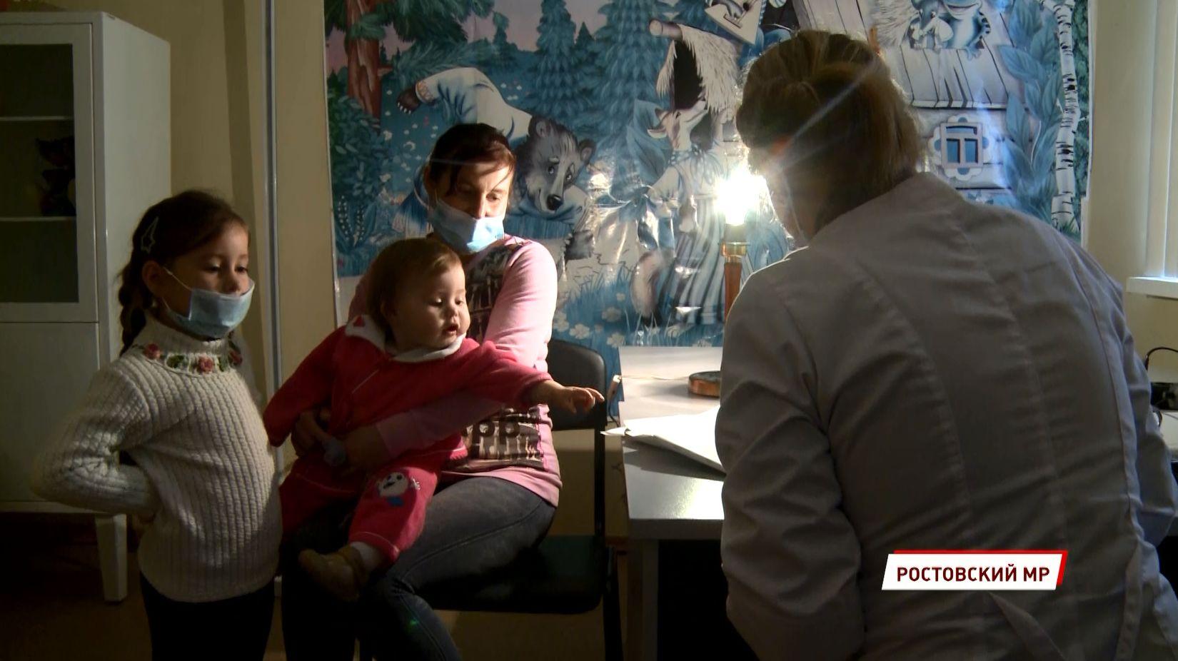 «Мобильная медицина» завершает свой сезон: выездная бригада побывала в селе Угодичи Ярославской области