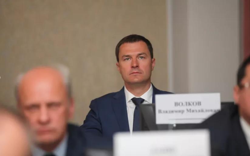 Мэр Ярославля ночью проверял уборку улиц на Резинотехнике