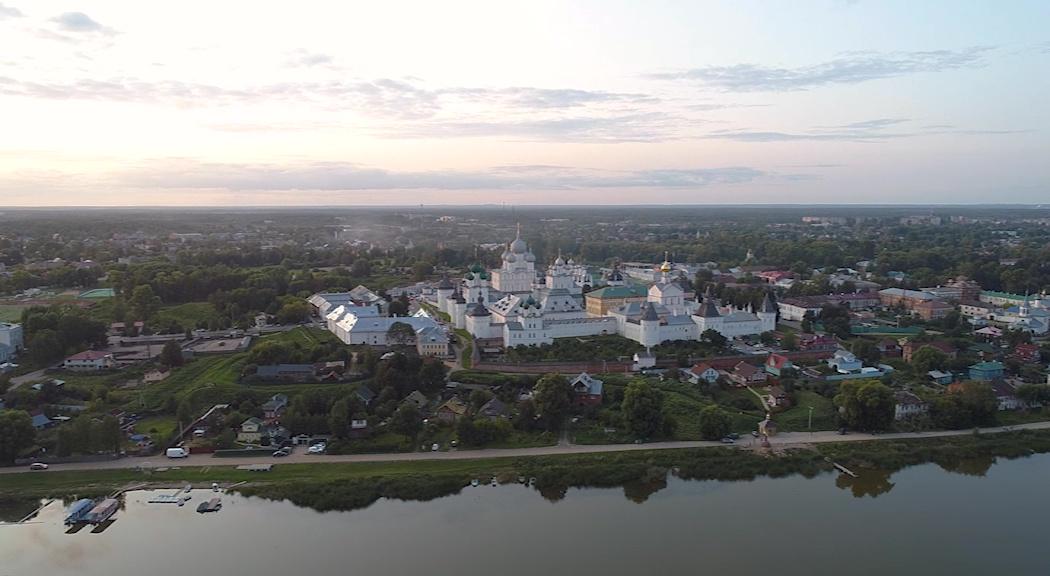 Причиной неприятного запаха воды в Ростове стало цветение водорослей в реке Устье