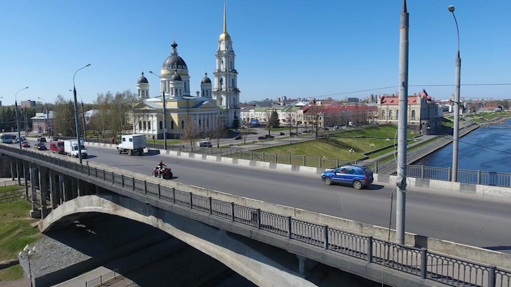 В Рыбинске в июле перекроют проезд по дамбе-шлюзу