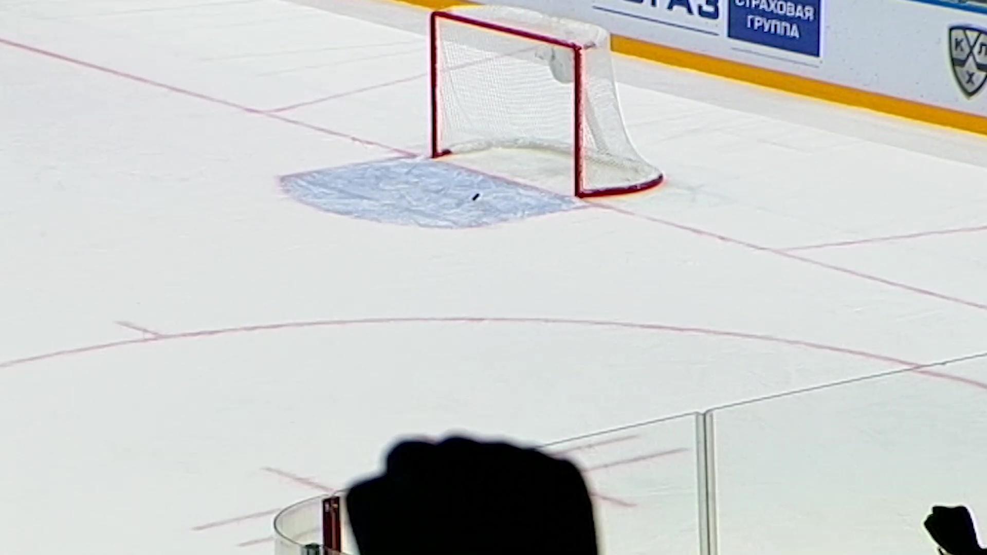 Нападающий «Локомотива» стал лучшим в своем амплуа на прошедшей неделе в КХЛ
