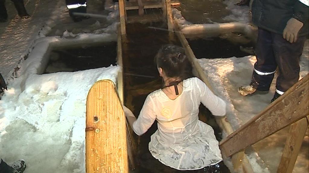В крещенских купаниях приняли участие 6,5 тысяч жителей области