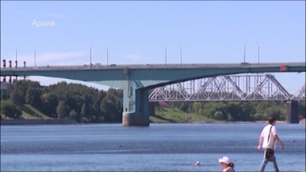 Октябрьский мост в Ярославле пообещали отремонтировать в этом году